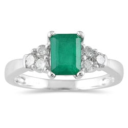 14k White Gold Emerald and 1/3ct TDW Diamond Ring (I-J, I1-I2)