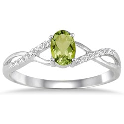 10k White Gold Peridot and 1/10ct TDW Diamond Ring (I-J, I1-I2)