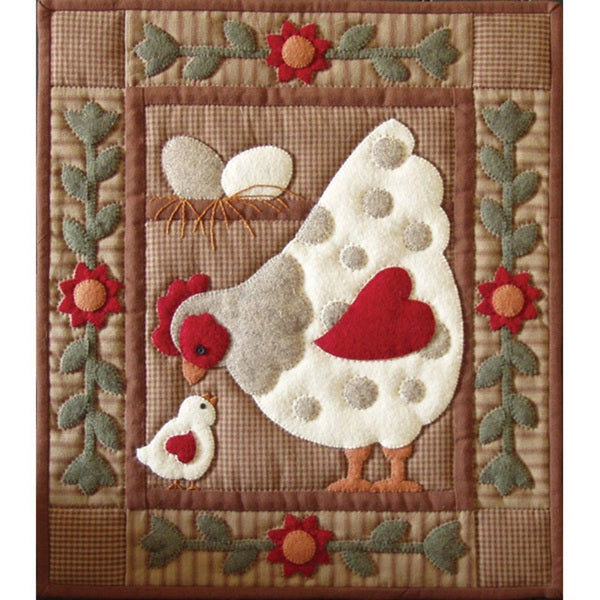 Spotty Hen 13x15 Quilt Kit