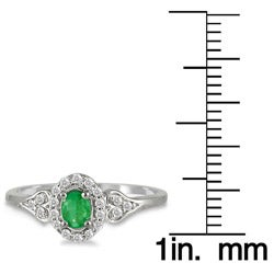 10k White Gold Emerald and 1/6ct TDW Diamond Ring (I-J, I1-I2)