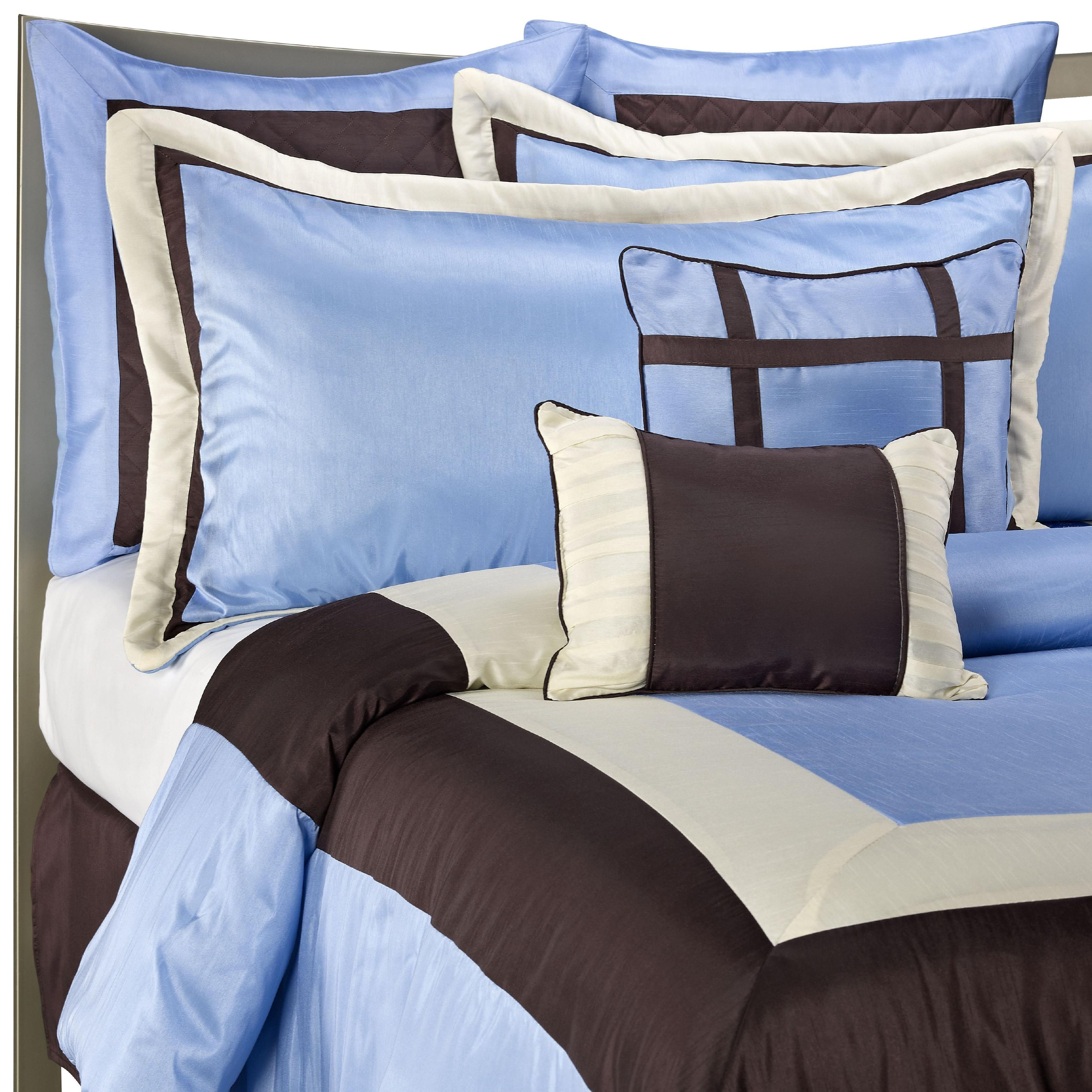 Classic Blue/Chocolate Brown 8-piece Comforter Set