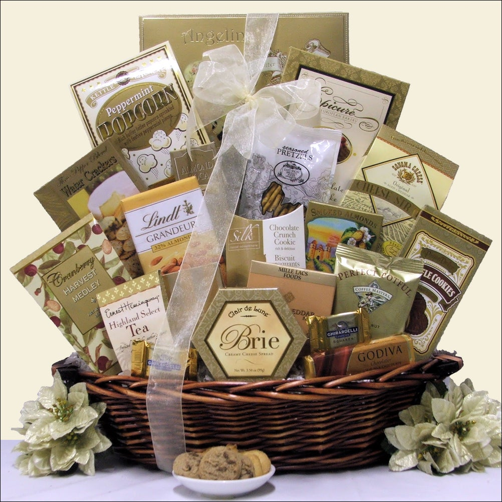 Buy holiday gourmet gift baskets - Classic Holiday Elegance Holiday Gourmet Gift Basket