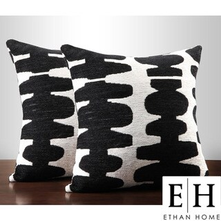 ETHAN HOME Black/ Light Grey 18-inch Decorative Pillows (Set of 2)