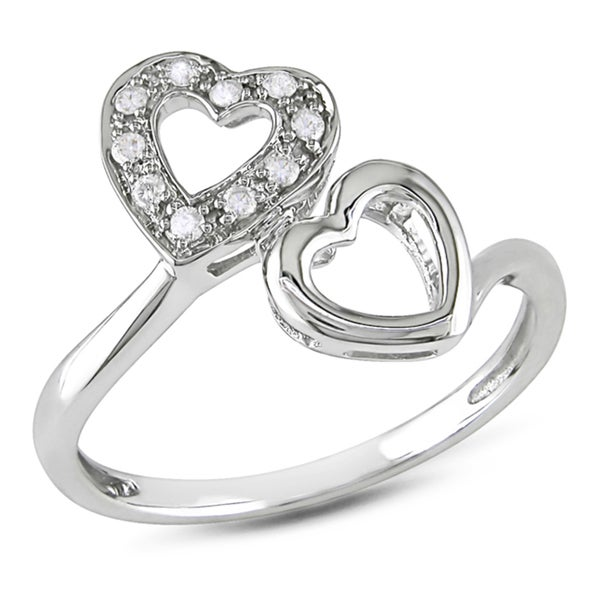 Haylee Jewels 10k White Gold 1/10ct TDW Diamond Heart Ring (G-H, I2-I3)