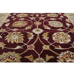Hand-tufted Royal Garden Warm Eggplant Rug (8' x 11')