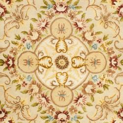 Handmade Aubusson Creteil Beige/ Light Gold Wool Rug (8'3 x 11')