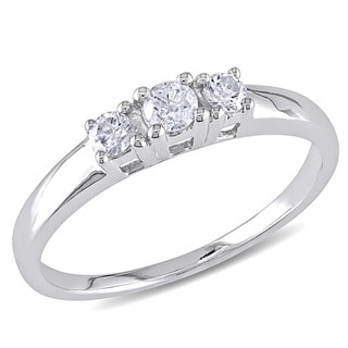 Miadora 14kt White Gold 1/4ct TDW Round Diamond Three-Stone Ring (J-K/ I2-I3) with Bonus Earrings
