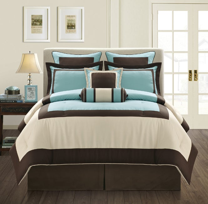 EverRouge Aqua Gramercy Queen-size 12-piece Bed in a Bag with Sheet Set