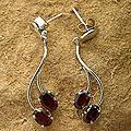 Sterling Silver 'Sinuous Red' Garnet Earrings (India)