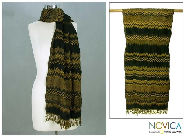 Wool 'Zigzag Style' Scarf (India)