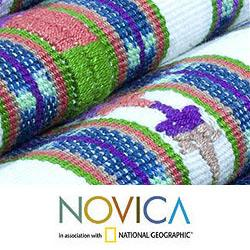 Handcrafted Cotton 'Solola Floral' Table Runner (Guatemala)
