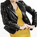 United Face Women's Two-button Short Leather Blazer