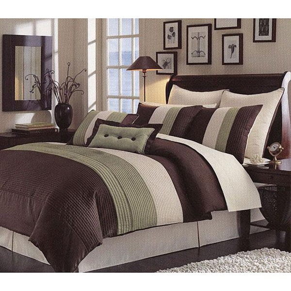 Handcrafted Green Pintuck 8-piece Comforter Set