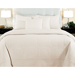 Cathedral Ivory 3-piece Quilt Set