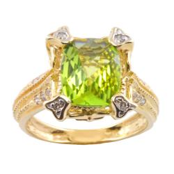 Michael Valitutti 14k Gold Peridot and 1/6ct TDW Diamond Ring (I-J, I1-I2)