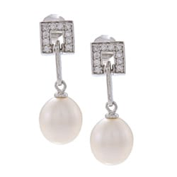 Kabella Sterling Silver FW Pearl and Cubiz Zirconia Square Toggle Earrings (8-9 mm)