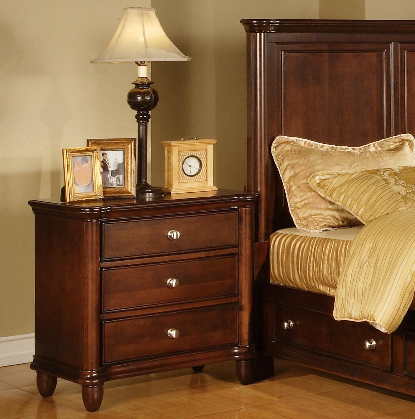 Hawthorne 3-drawer Nightstand