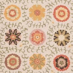 Ivory Blossom Handmade Wool Area Rug (4' x 6')