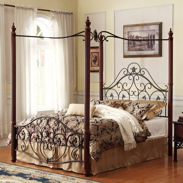 Madera Deco Eastern King-size Canopy Metal Bed
