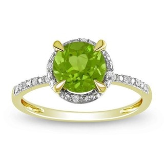 Miadora 10k Yellow Gold 1-1/2ct TGW Peridot 0.05ct TDW Diamond Ring (G-H, I2-I3)