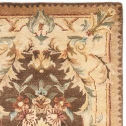 Safavieh Handmade Aubusson Creteil Brown/ Beige Wool Rug (2'6 x 8')