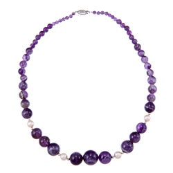 Sterling Silver White Freshwater Pearls Purple Amethyst Graduated Necklace (8-9 mm)