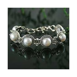Sterling Silver 'Prosperity' Pearl Link Bracelet (10 mm) (India)
