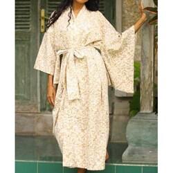 Rayon 'Bali Arabesques' Batik Robe (Indonesia)
