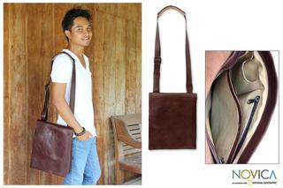 Leather Men's 'Jakarta Brown' Large Messenger Bag (Indonesia)