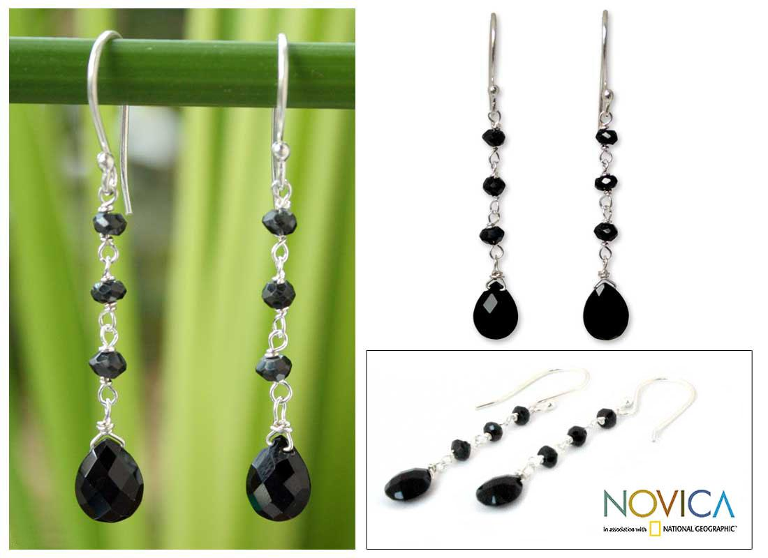 Sterling Silver 'Lady from Bangkok' Onyx Earrings (Thailand)