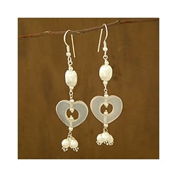 Sterling Silver 'Hearts' Pearl and Moonstone Earrings (5 mm) (India)