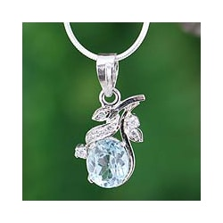 Sterling Silver 'In Love' Blue Topaz Necklace (India)