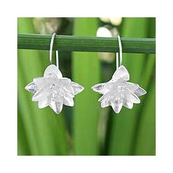 Sterling Silver 'Precious Ixora' Flower Earrings (Thailand)