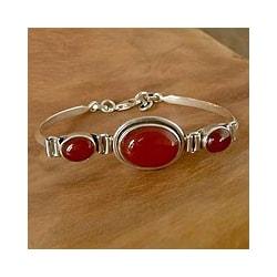 Sterling Silver 'Mumbai Mystique' Carnelian Bracelet (India)