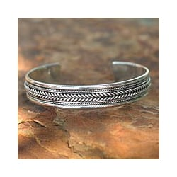 Sterling Silver 'Lanna Illusions' Cuff Bracelet (Thailand)