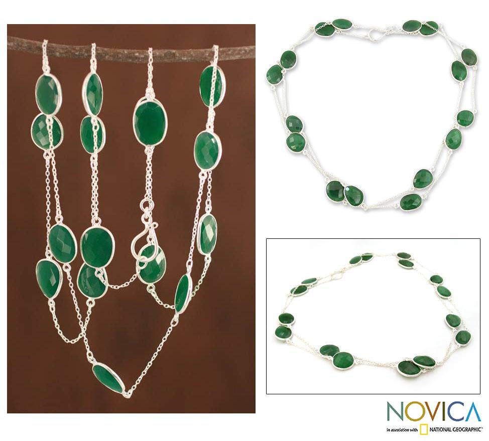 Sterling Silver 'Duduma Majesty' Enhanced Green Onyx Necklace (India)