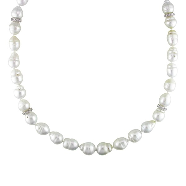 Miadora Signature Collection 14K Gold South Sea Pearl/ 1/5ct TDW Diamond Necklace (H-I, I1-I2) (9-12 mm)