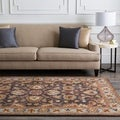 Hand-tufted Akaishi Wool Rug (7'6 x 9'6)