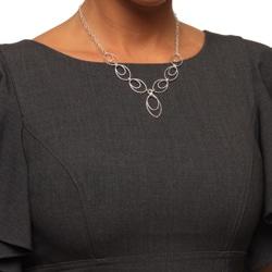 La Preciosa Sterling Silver Oval Link Necklace