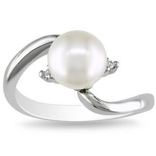 Miadora 18k White Gold Freshwater Pearl and Diamond Accent Ring (8-8.5 mm)(G-H, SI2)