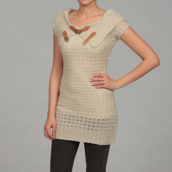 Razzle Dazzle Women's Ivory Buckle Cap Sleeve Sweater Top