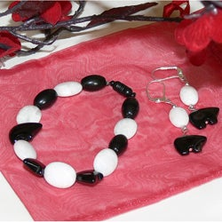 Susen Foster Black Bear Moon Set