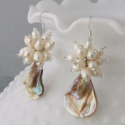 Sterling Silver Mother of Pearl and Pearl Flower Earrings (3-7 mm)(Thailand)