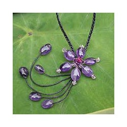 Stainless Steel 'Daisy Drops' Amethyst Necklace (Thailand)