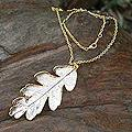 Gold Accent Sterling Silver 'Filigree Oak' Pendant Necklace (Thailand)