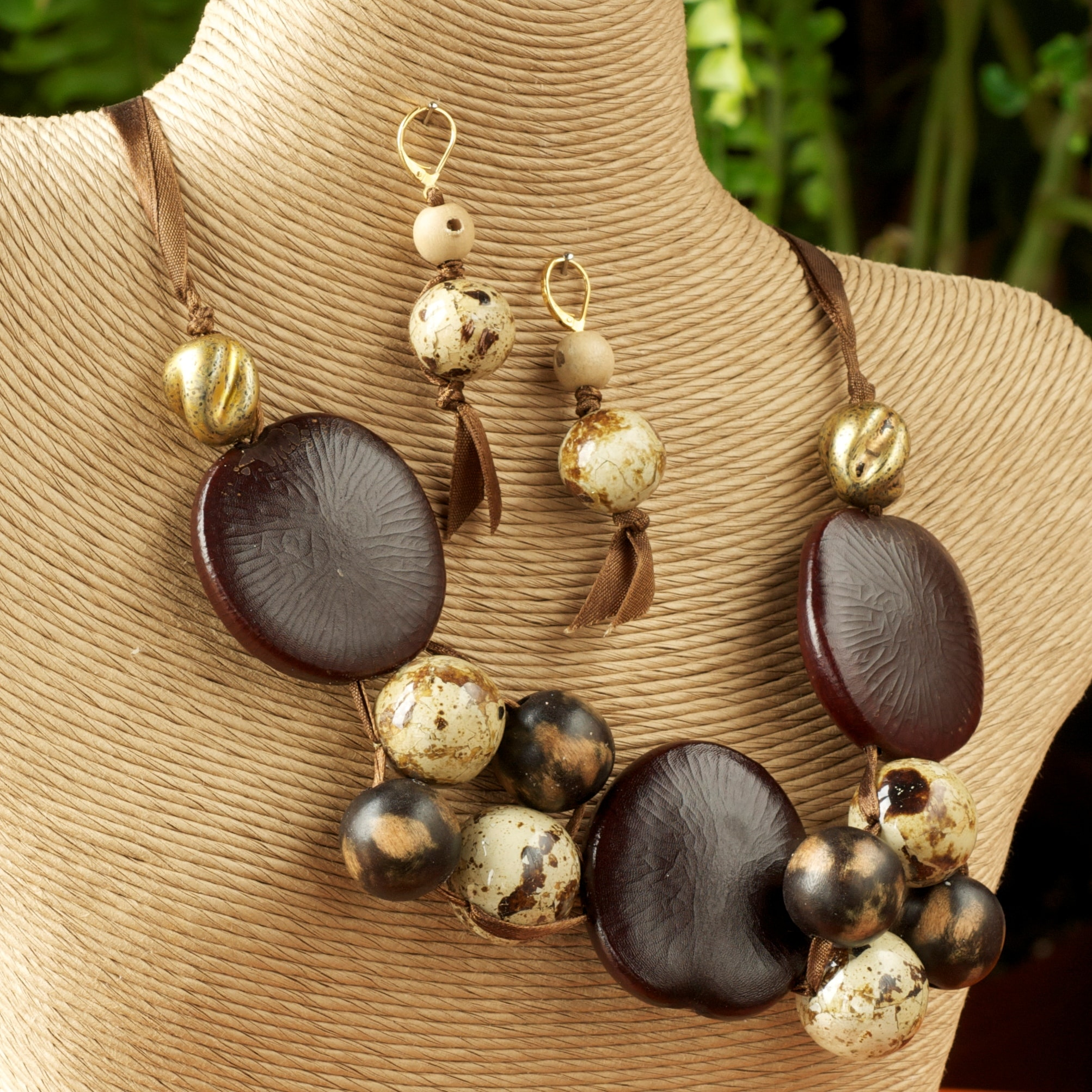 Laminated Quail Eggshell and Seed Necklace and Earring Set (Philippines)
