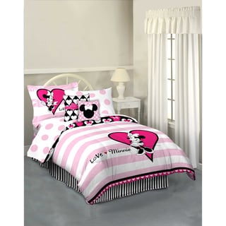 Minnie Mouse 'Hearts and Dots' 7-piece Reversible Bed in a Bag with Sheet Set