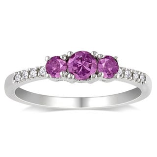 Miadora 10k Gold 3/5ct TGW Created Alexandrite and Diamond Accent Ring