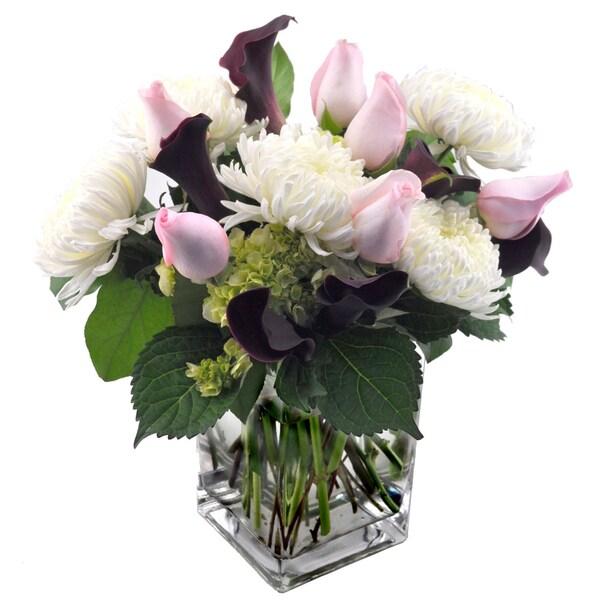 Sweets in Bloom 'Simply Elegant' Flower Bouquet