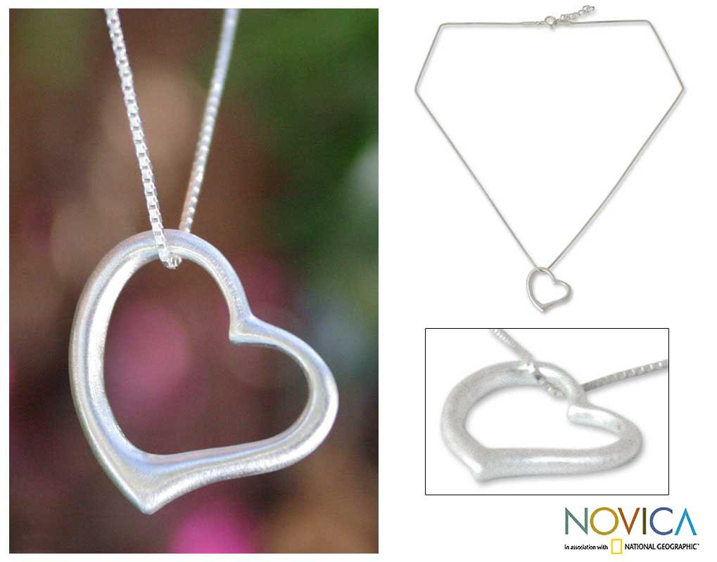 Sterling Silver 'Living Love' Necklace (Thailand)